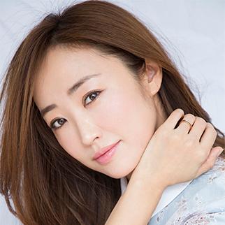 美容家【神崎恵】最新刊『美人な歩き方』発売中!